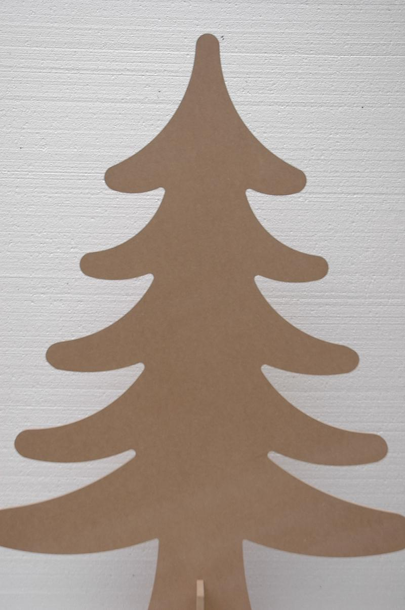 trendy-houten-kerstboom-135cm